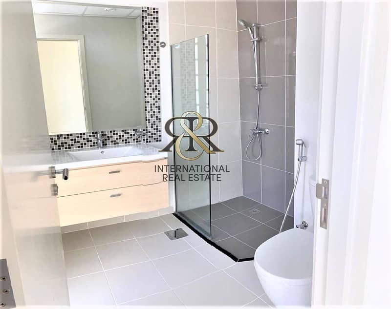 10 Spacious 3 Bedrooms + Maid | Very Well Maintained