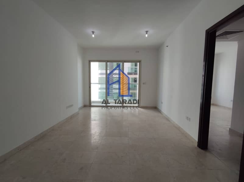 2 Huge Apartment With Balcony and Kitchen Appliances