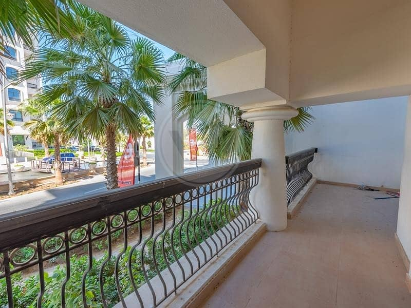 Big layout | Spacious balcony | Ready to move in