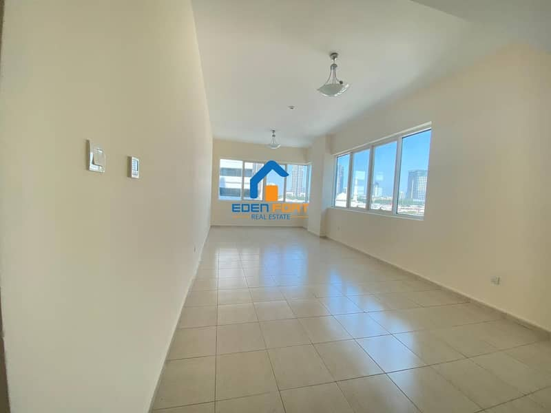 2 Spacious 2 Bedroom Apt with FREE CHILLER in Olympic Park 2
