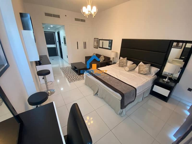 2 Fully Furnished Italian style Studio Flat with 12 Cheques Monthly Payment
