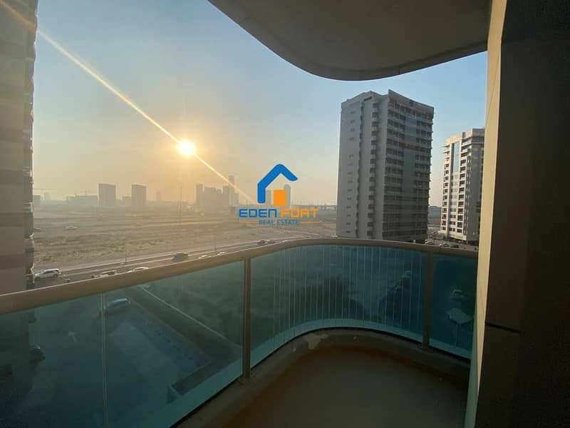 18 BEAUTIFUL FULLY FURNISHED 2BHK IN ELITE-07 DSC