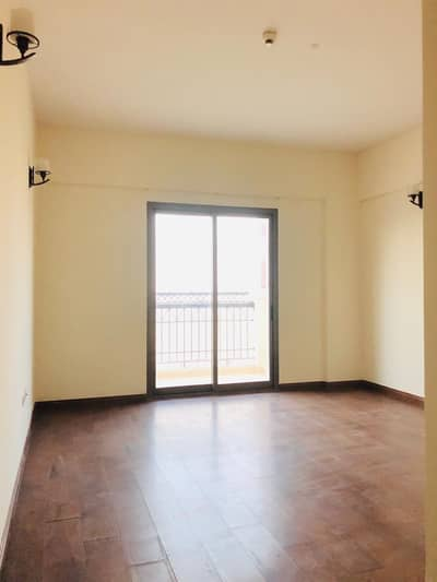 Studio for Rent in International City, Dubai - Studio  With Balcony With  Covered Car Parking Opposite To Dragon Mart