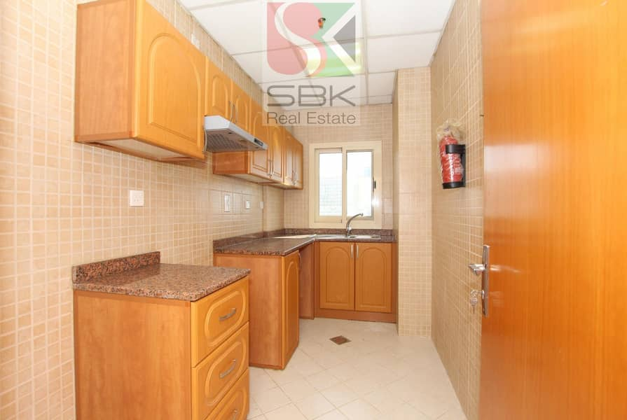 11 Hurry Up 1BHK For 3