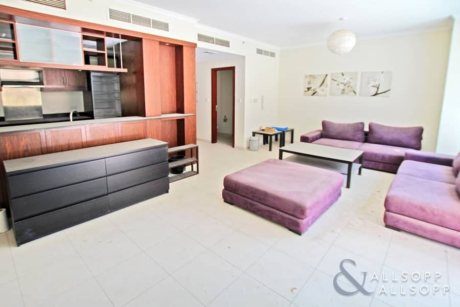 2 Large Terrace | 1 Bed | Vacant | Exclusive