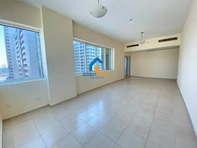 2 Bedroom Flat for Rent in Dubai Sports City, Dubai - Large 2 BR |Chiller Free| Closed Kitchen