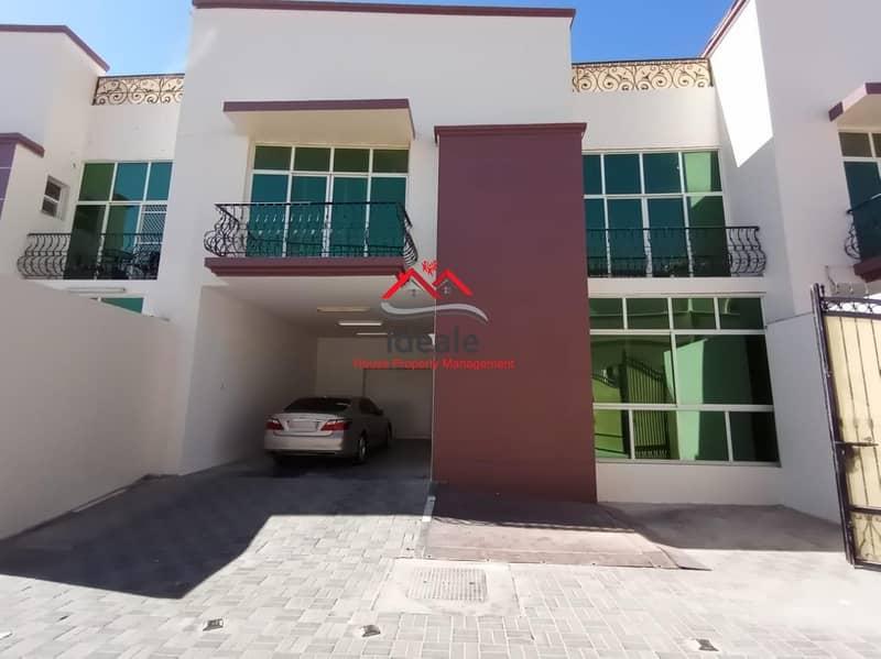 Deluxe 4BR compound villa in excellent condition