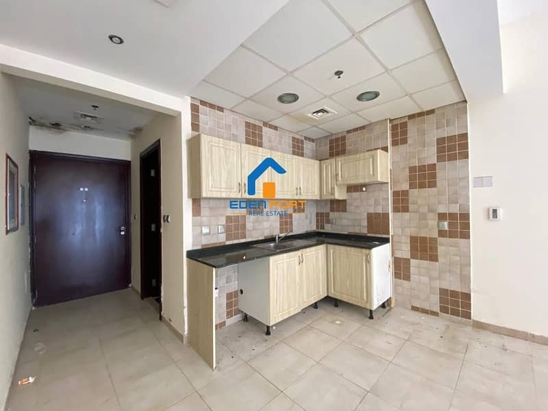 2 Chiller Free Studio in Hamza Tower for Rent ..