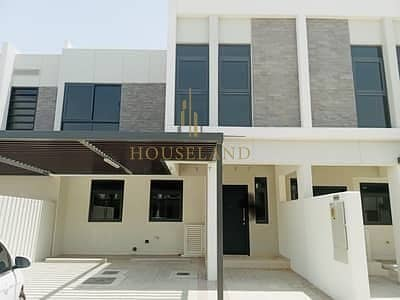 3 Bedroom Villa for Sale in Akoya Oxygen, Dubai - MaidRoom + Storage l Dining and Living area l Vacant l