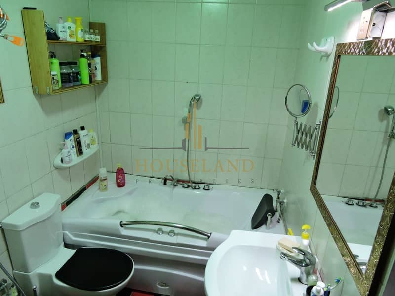 10 Equipped upgraded 1 bedroom for sale