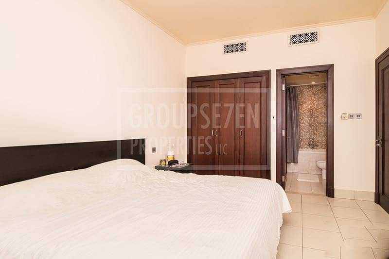 2 1 Bed Apartment for Sale in Old Town