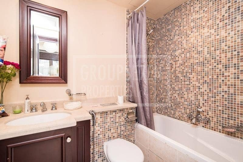 7 1 Bed Apartment for Sale in Old Town