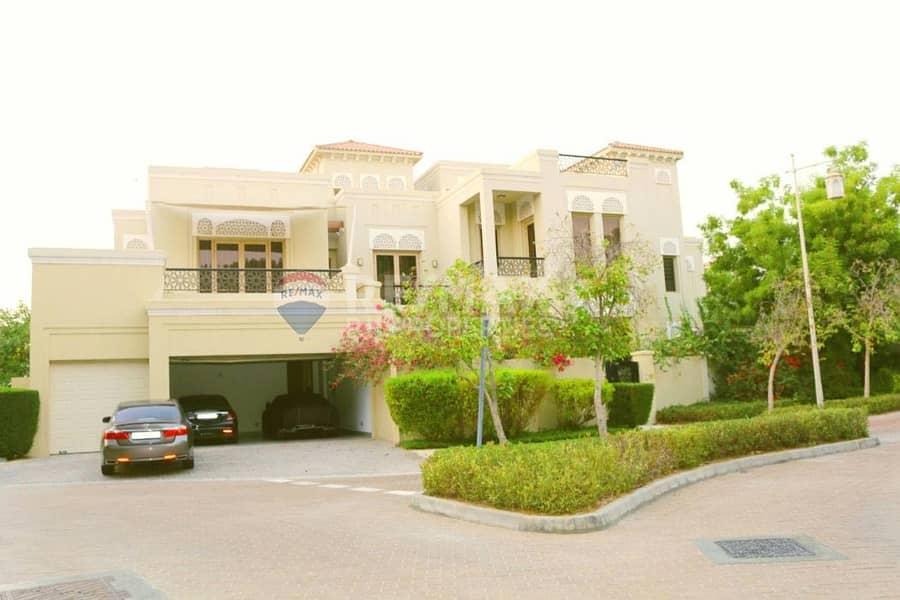 Luxury 6 BR Villa| Vacant | Pool | Private Gardens