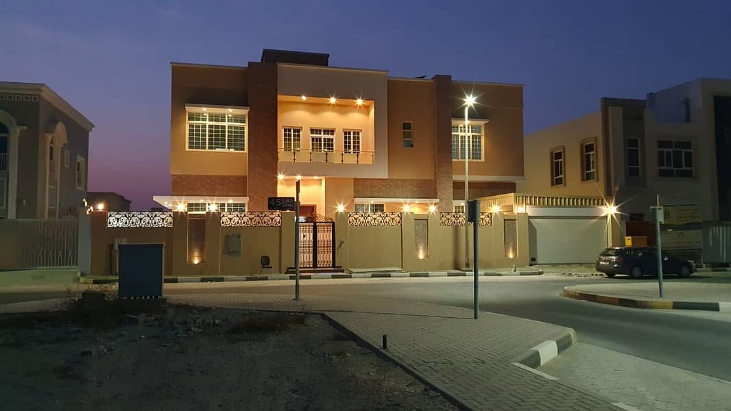 *** MEGA SALE OFFER - Brand NEW 5BHK Duplex Villa with lift available in Al Azra area, Sharjah