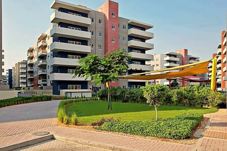 2 Bedroom Flat for Sale in Al Reef, Abu Dhabi - Good deal! Great Layout | Amazing Facilities!