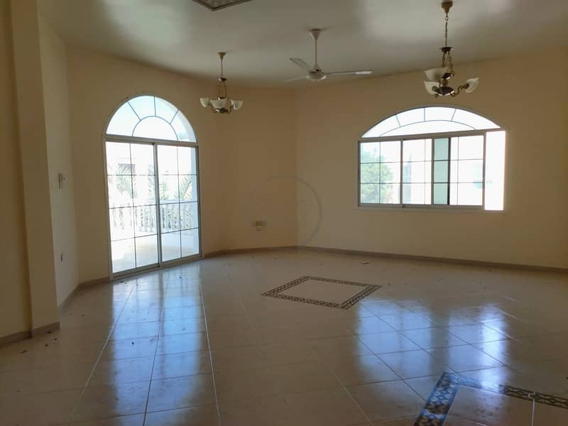 AFFORDABLE AND LUXURIOUS 6 BEDROOM VILLA FOR RENT