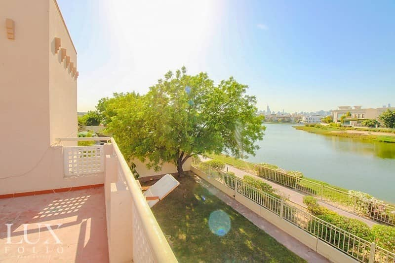 Serene |Large Family Home| Lake View | Large Garden |