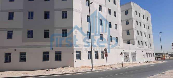 سكن عمال  للايجار في جبل علي، دبي - Super  Offer for a labour camp in Jebel Ali !