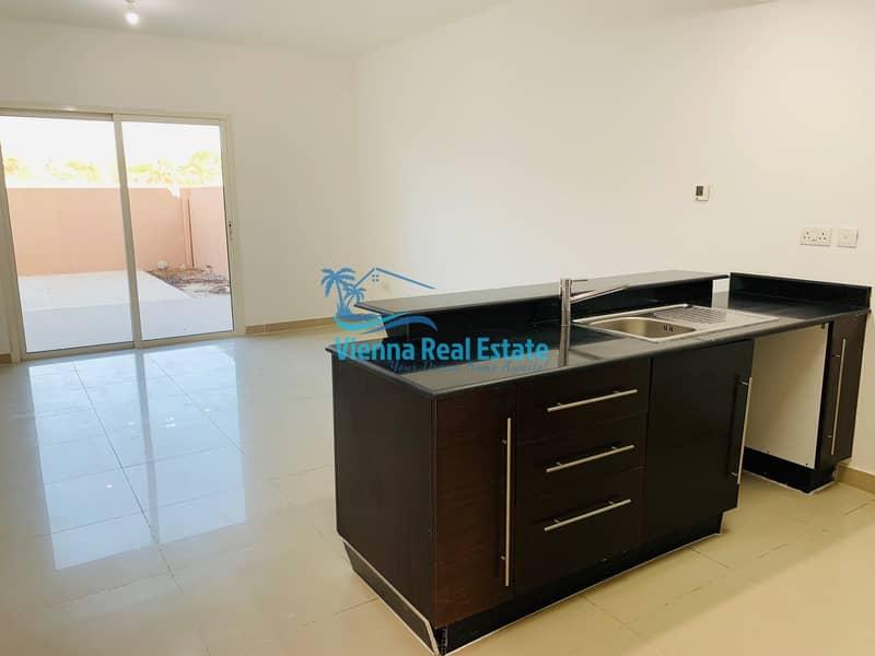 2 Rent  Spacious 2 Bed Villa in Al reef 80K
