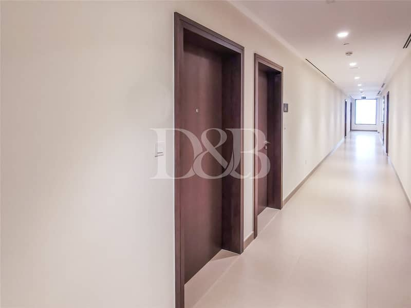 10 Vacant | Exclusive Unit | Unfurnished