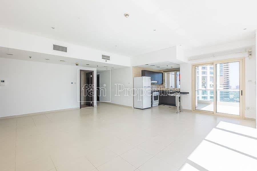 Stunning Panoramic view | Spacious Apartment