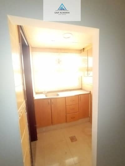 Studio for Rent in Muwaileh, Sharjah - Good Size Studio just 12k SEPRATE kitchen Good Building in National paint Muwaileh