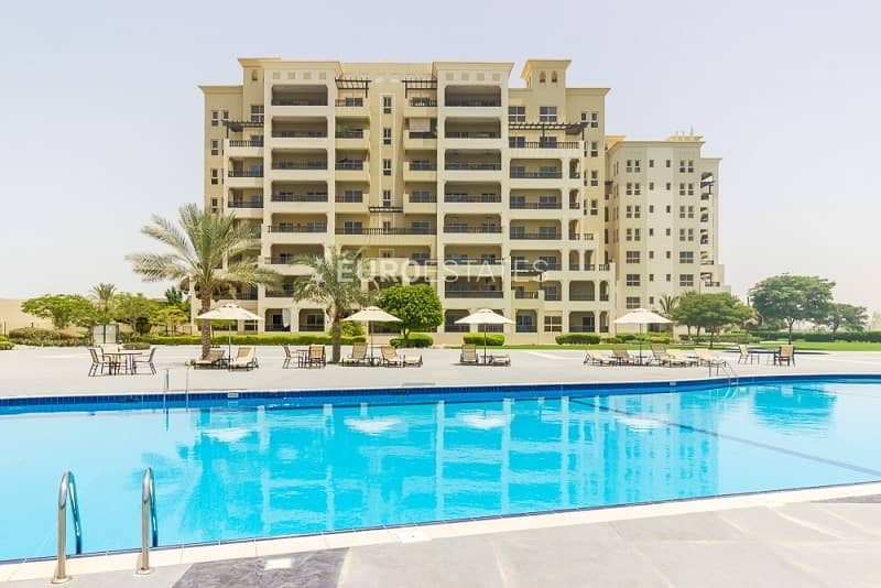 18 Explicitly Beautiful 3 BR Apt. W/ Sea View