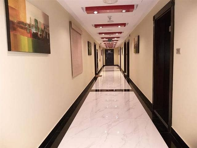 FULLY FURNISHED 1BHK CHILLER FREE ONE MONTH FREE HUGE SIZE WITH ALL AMENITIES CALL NOW
