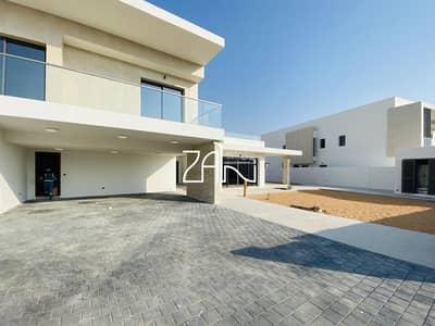 فیلا 6 غرف نوم للايجار في جزيرة ياس، أبوظبي - Prestigious Golf Front 6 BR Villa Luxury Living