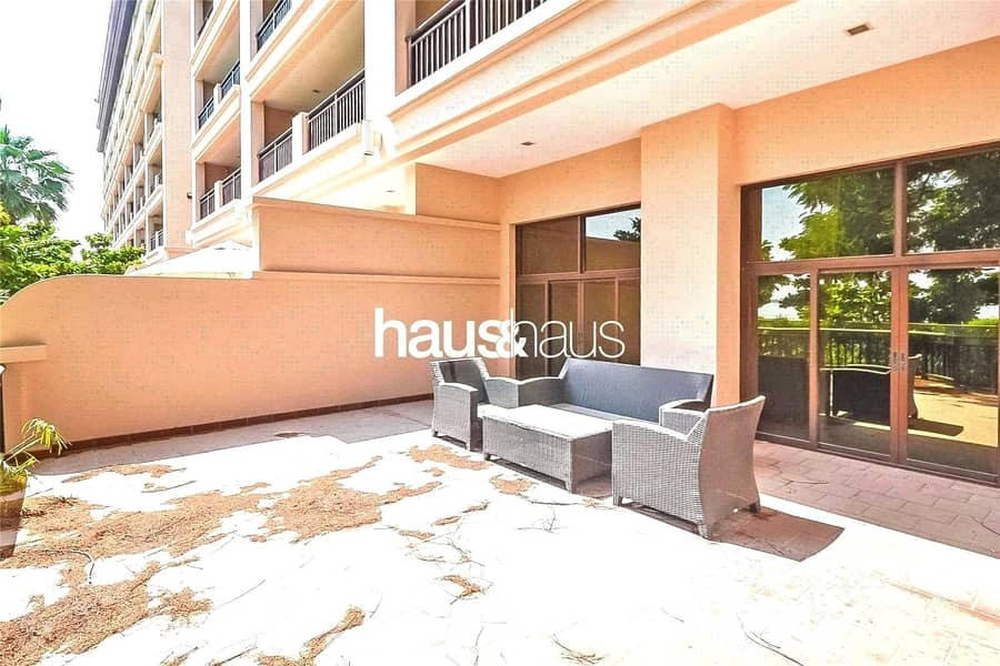 10 Available Now   Lagoon View   x6 Cheques   Beach