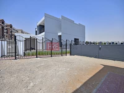 4 Bedroom Villa for Sale in Motor City, Dubai - Maids Room   Spacious 4BR TH   2% DLD Waiver