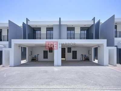 4 Bedroom Villa for Sale in Motor City, Dubai - Large 4BR Townhouse   2% DLD Waiver   Maids Room