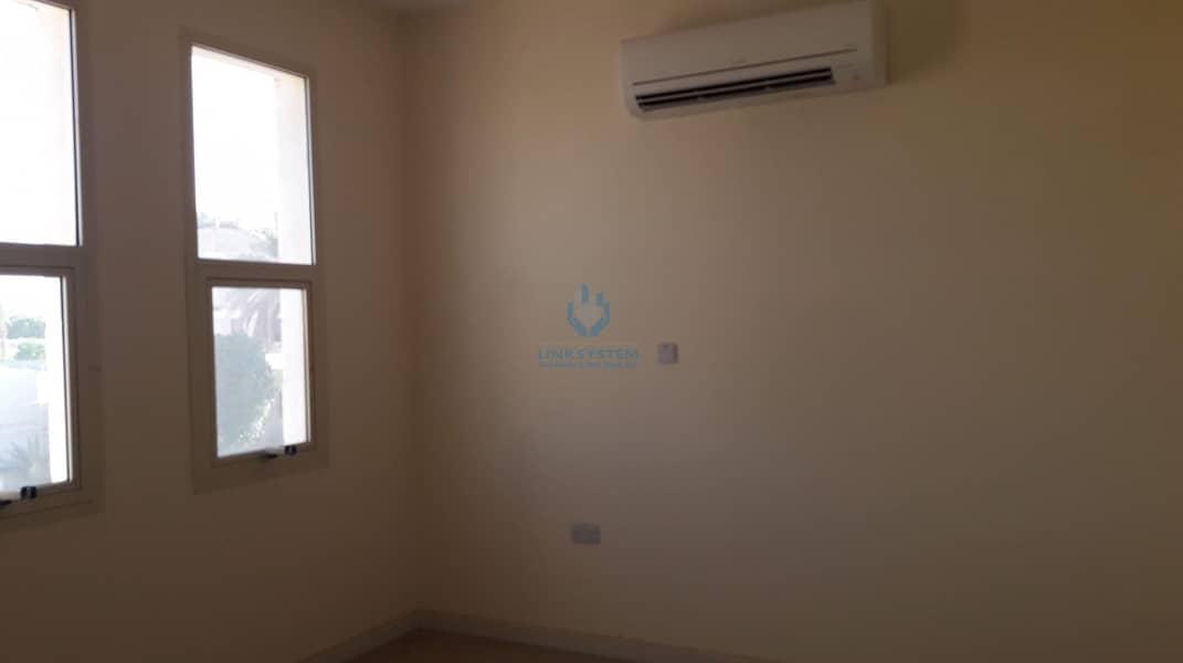 Nice Apartment 3 Bedrooms Hall in Al Markhaniaya