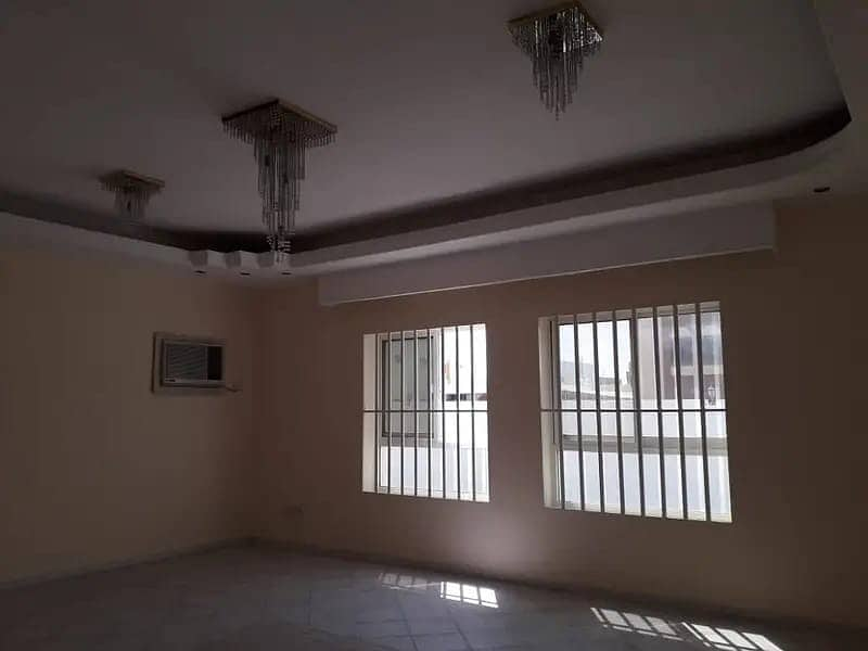 Only for UAE nationality 6bedrooms villa for rent 20000sqft 75k in 4chqs call