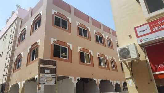 Building for Sale in Deira, Dubai - Building for sale in Dubai naif with very best price
