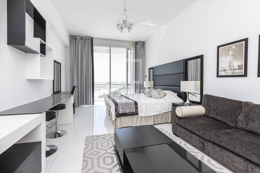 2 High Quality and Furnished on High Floor