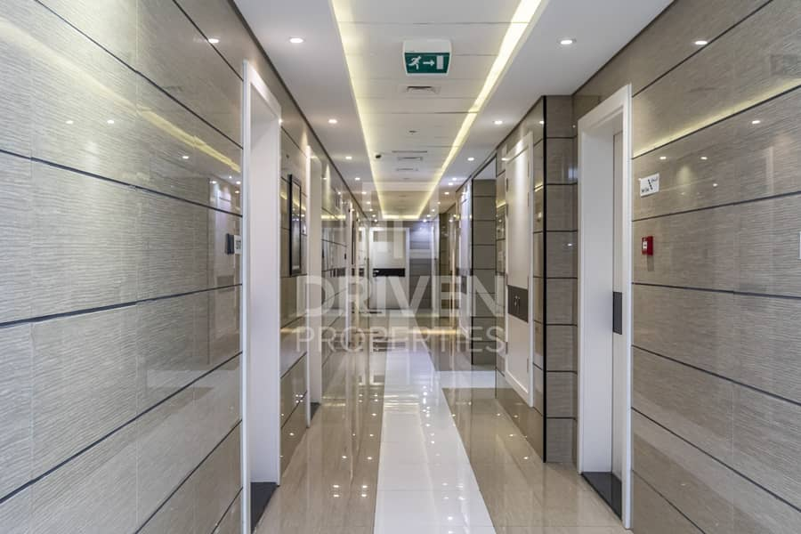 20 High Quality and Furnished on High Floor