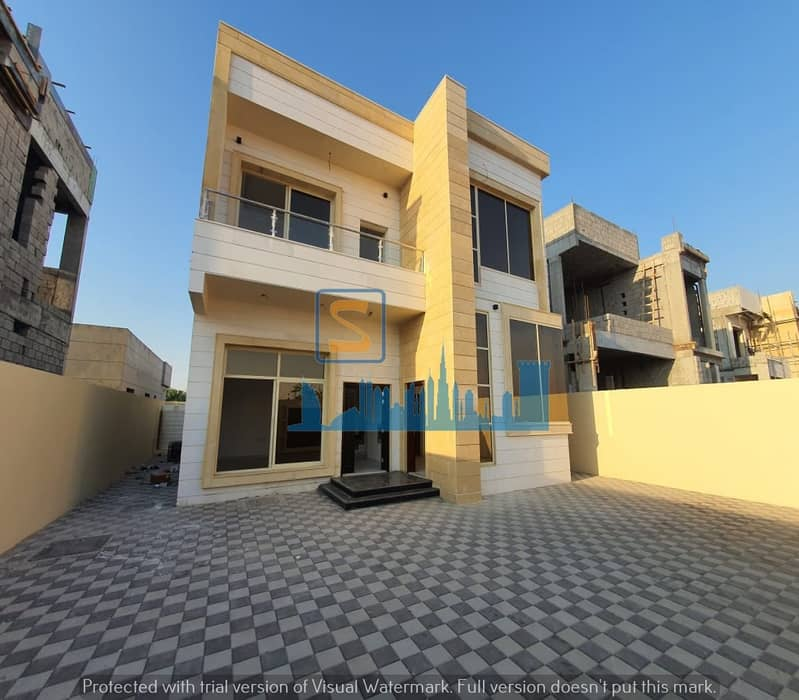 Stone villa only 950000 thousand dirhams with a large garden