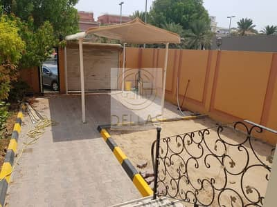 3 Bedroom Villa for Rent in Al Khalidiyah, Abu Dhabi - Affordable price 3 BR villa with big Yard and nice view