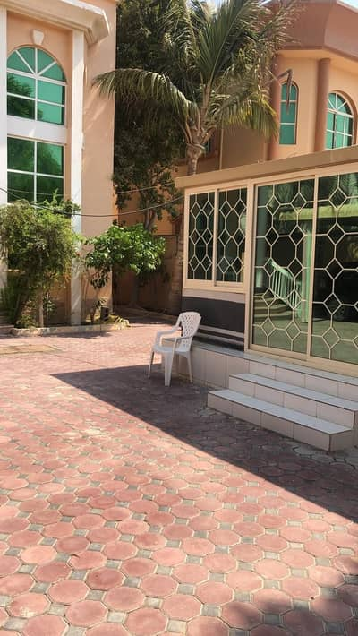 Villa for rent two floors, large area, near the schools area, easy exit to Sheikh Mohammed bin Zayed Street