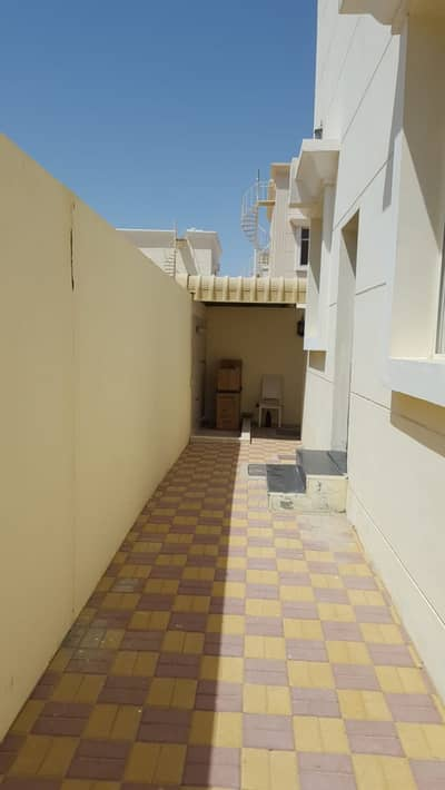 A very clean second resident villa in the Jasmine area with air conditioners near the asphalt street