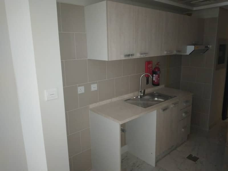 2 Brand new / with  balcony /chiller free studio in dubai south