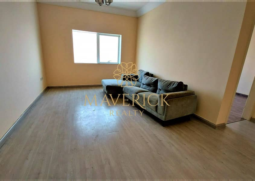 Stylish 1BHK | Free Parking+Gym | 6 Cheques