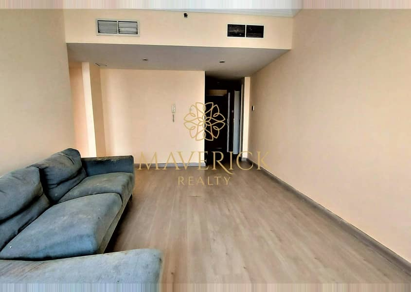 2 Stylish 1BHK | Free Parking+Gym | 6 Cheques