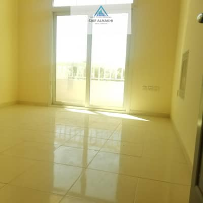 1 Bedroom Flat for Rent in Muwaileh, Sharjah - Good looking 1bhk on the Road with central Ac  just 18000 in muwaileh