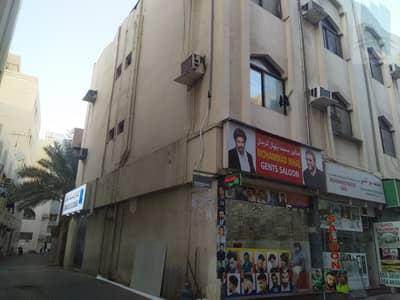 محل تجاري  للايجار في ديرة، دبي - Shop in commercial area in Al Murar opposite naif