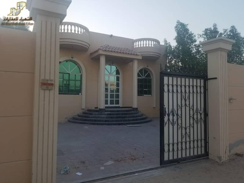 2 Villa for rent in Al Mowaihat 1