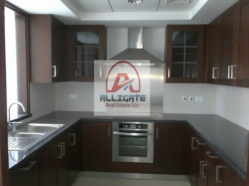 2 Spacious layout | 2 bedroom |  immaculate