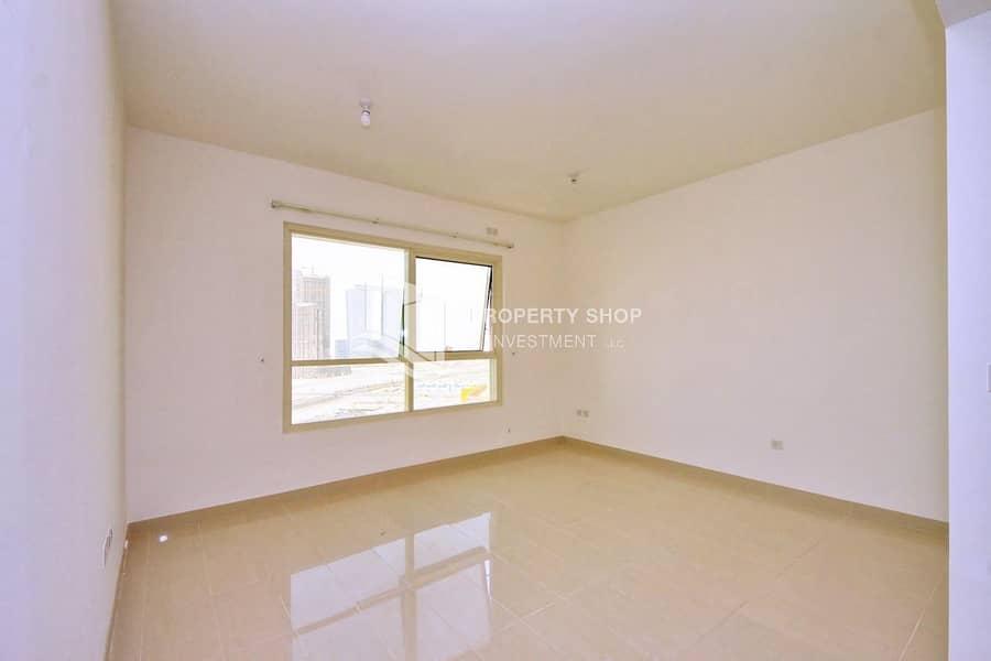 2 Just Stunning High Floor Apt w/ 4Payment & Free Maintenance!