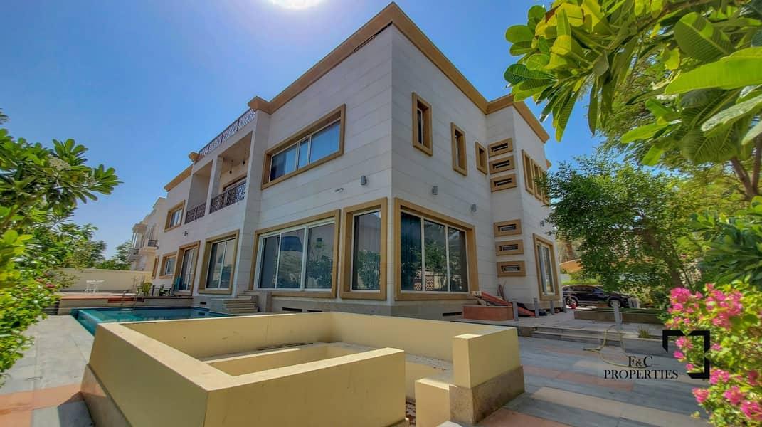Luxury 6 Bed Mansion I Basement I Vacant I LIFT